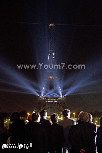 أضواء برج إيفل ترحب بملوك الموضة على هامش أسبوع الموضة بباريس -اليوم السابع -10 -2015