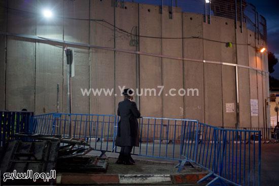 متطرفون يهود يقتحمون مسجد مشهور للصلاة فيه تعرف عليه بالصور 2 23/10/2015 - 8:11 م