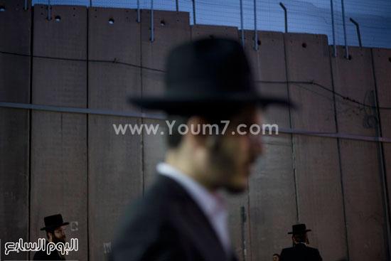 متطرفون يهود يقتحمون مسجد مشهور للصلاة فيه تعرف عليه بالصور 3 23/10/2015 - 8:11 م