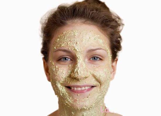 ماسك لتبييض الوجه والرقبة بطريقة طبيعية فى 10 دقائق