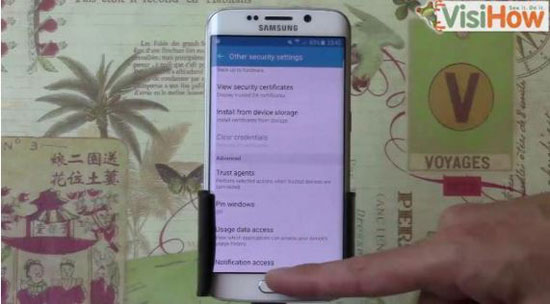 7- بعد الدخول إليها سيلاحظ المستخدم قائمة بالتطبيقات التى تقوم بالوصول إلى التنبيهات الخاصة بالمستخدم. -اليوم السابع -10 -2015
