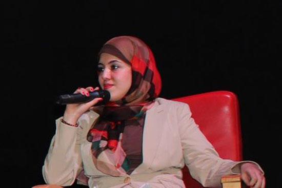 هبة سامى المحاضر فى علوم التغيير والعلاقات الإنسانية ومؤسس ومدير صالون عاوز اتغير -اليوم السابع -10 -2015