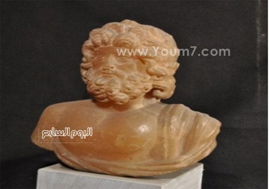 الجزء العلوى من تمثال صغير لـ Asklepios أو Zeus -اليوم السابع -10 -2015