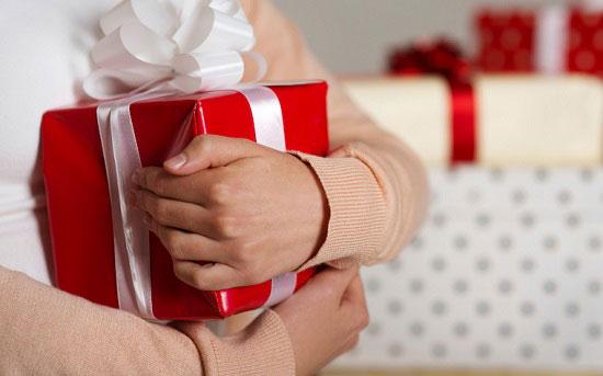لا تنسى نفسك من هدايا العام الجديد.. -اليوم السابع -11 -2015