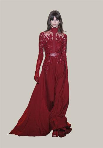 فستان من اللون الأحمر لمناسبة شتوية -اليوم السابع -11 -2015