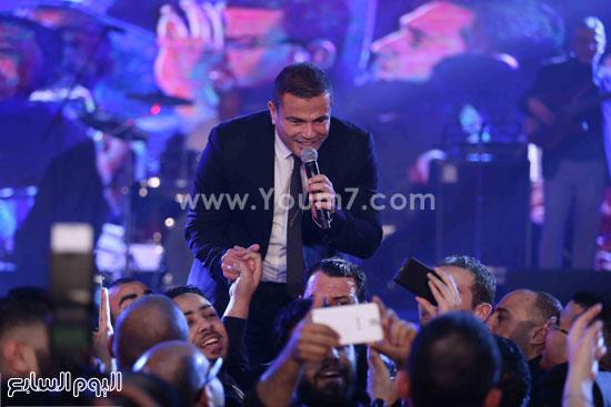 عمرو دياب حفل قنوات النهار (3)