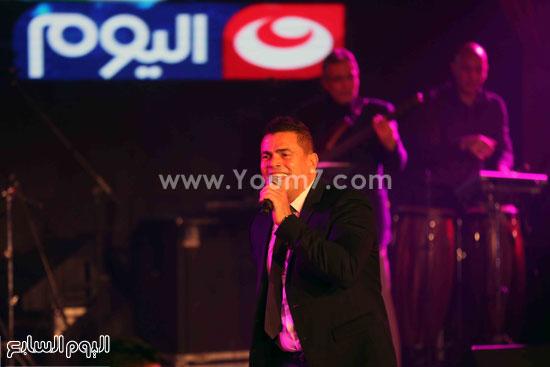 عمرو دياب حفل قنوات النهار (9)