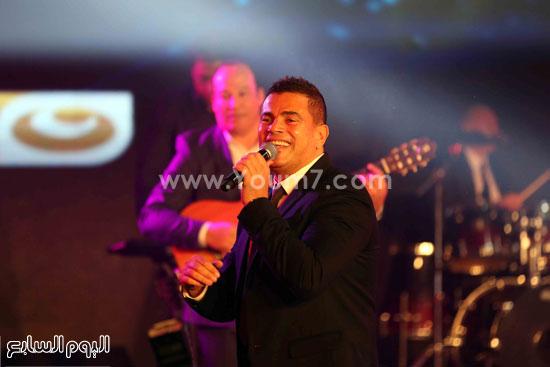 عمرو دياب حفل قنوات النهار (11)