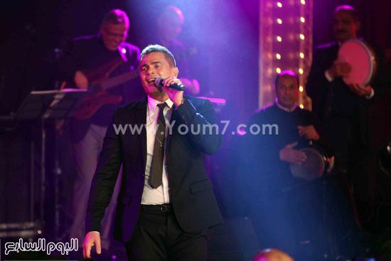 عمرو دياب حفل قنوات النهار (12)