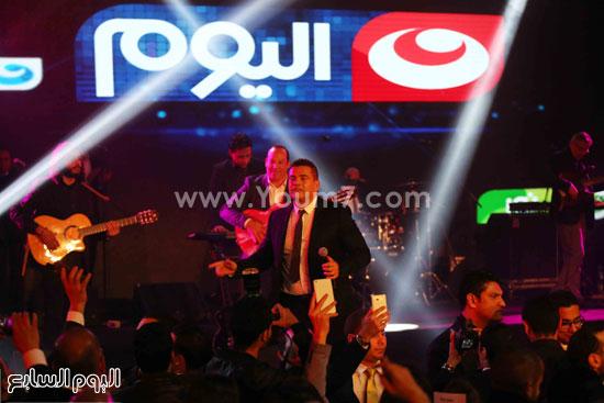 عمرو دياب حفل قنوات النهار (15)