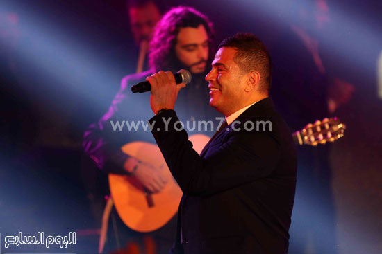 عمرو دياب حفل قنوات النهار (16)