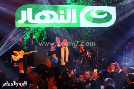 عمرو دياب حفل قنوات النهار (25)