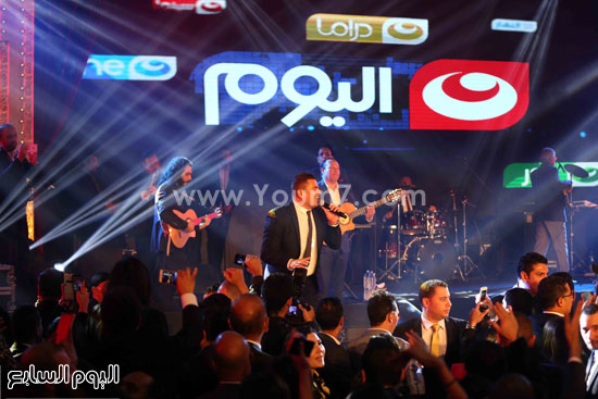 عمرو دياب حفل قنوات النهار (29)