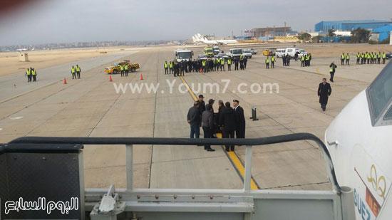 مطار القاهرة مصر للطيران قنبلة (2)