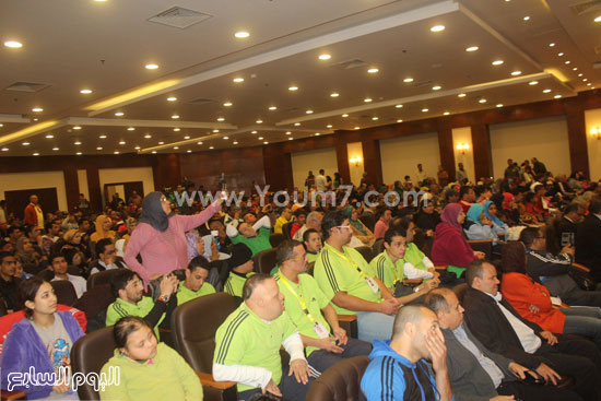 محافظ-جنوب-سيناء-يلتقى-فوج-برنامج-اعرف-بلدك-(1)