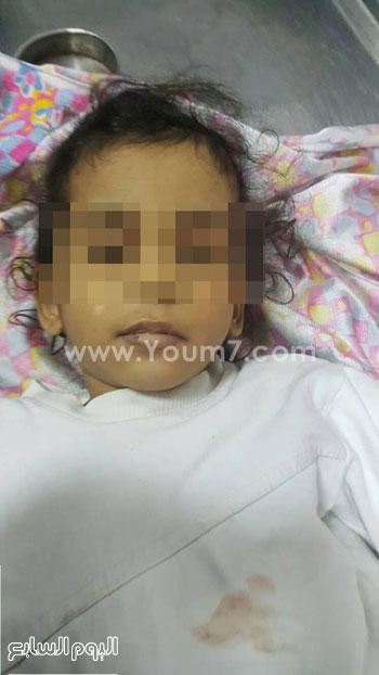جثة الطفلة المتوفية بمستشفى المحلة بالغربية (2)