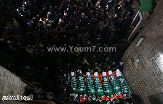 جثامين 7 قتلى من حماس فى غزة (17)