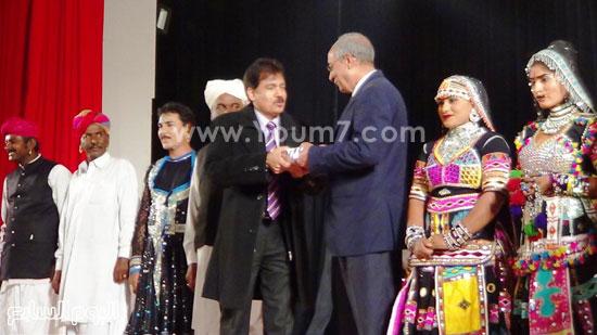 فرقة كالبيليا الهندية تقدم عروضها على مسرح  قصر  ثقافة الإسماعيلية (3)