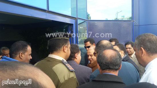 جولة وزير الصحة بمستشفى بنى سويف (2)