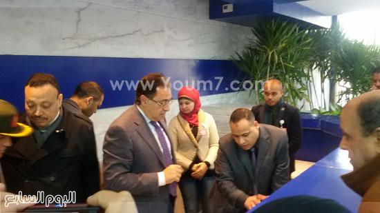 جولة وزير الصحة بمستشفى بنى سويف (3)