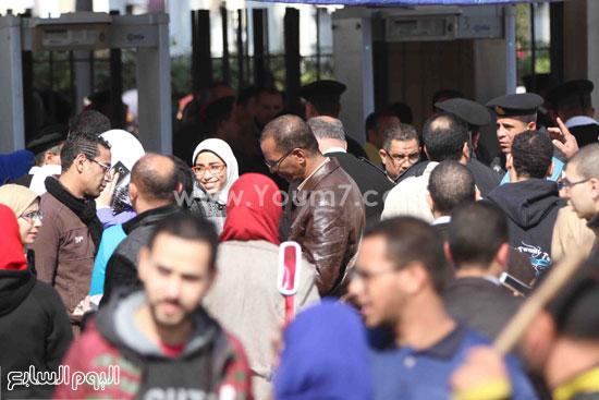 1 (24)محمد مختار جمعة معرض الكتاب وزير الاوقاف مجانية كتب الوسطية لنشر الوسطية الوسطية والاعتدال