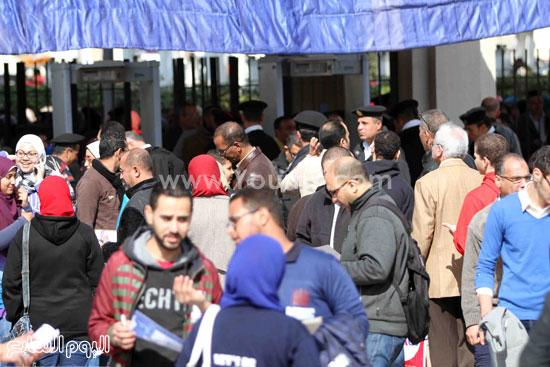 1 (25)محمد مختار جمعة معرض الكتاب وزير الاوقاف مجانية كتب الوسطية لنشر الوسطية الوسطية والاعتدال