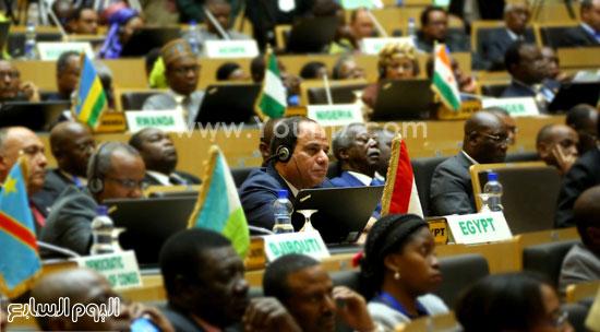 مشاركة-الرئيس-السيسي-فى-الجلسة-المغلقة-للقمة-الأفريقية-(4)