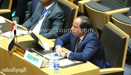 مشاركة-الرئيس-السيسي-فى-الجلسة-المغلقة-للقمة-الأفريقية-(5)