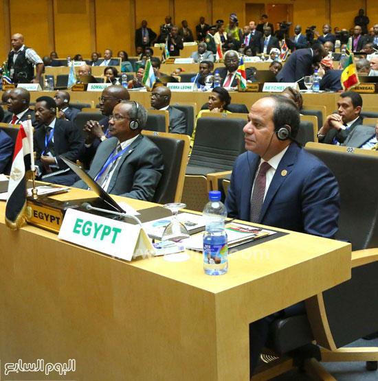 مشاركة-الرئيس-السيسي-فى-الجلسة-المغلقة-للقمة-الأفريقية-(6)