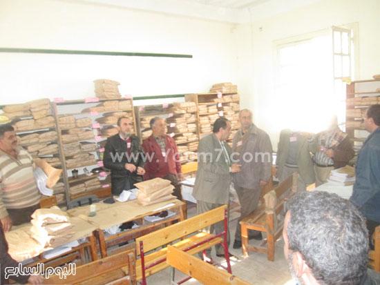 أعمال التصحيح باللجان للصف الثالث الإعدادى فى كفر الشيخ (5)