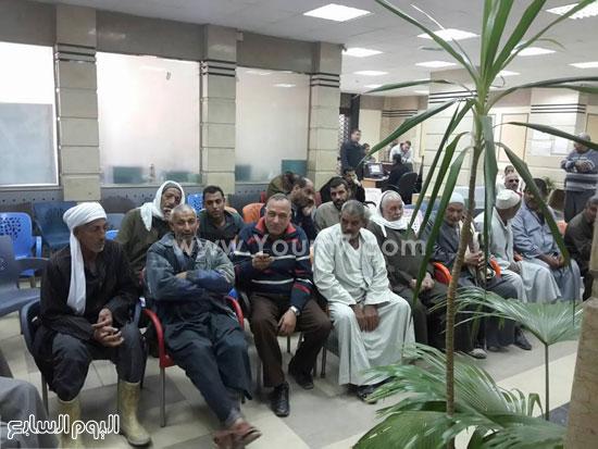 المزراعين فى انتظار صرف التعويضات -اليوم السابع -12 -2015