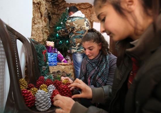 استعدادات عيد الميلاد المجيد بسوريا -اليوم السابع -12 -2015