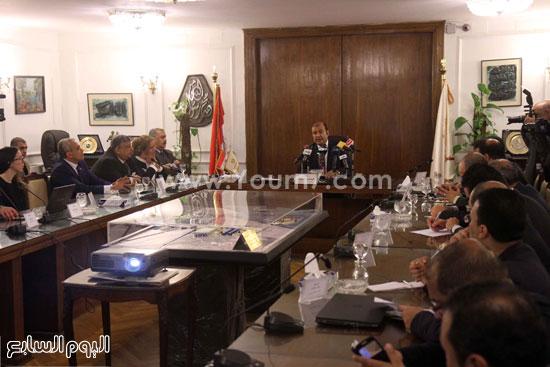 وزير التموين  التموين  خالد حنفى  اخبار مصر  البورصة السلعية احتكارات المنتجات (6)