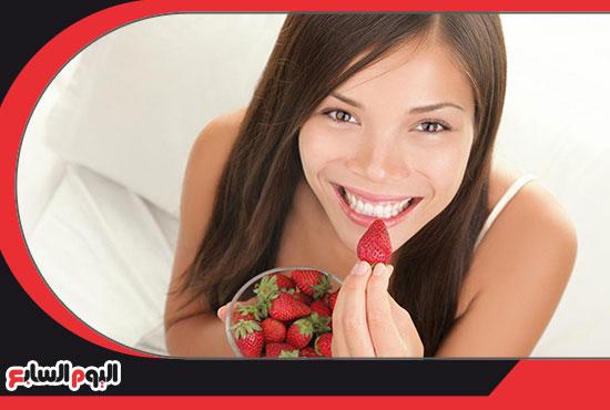 الفراولة-لتبييض-الاسنان-4