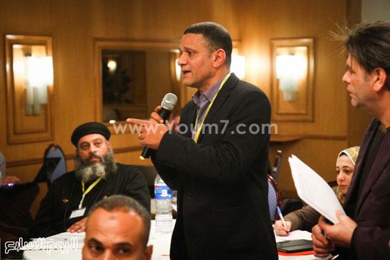 مؤتمر تطوير المجتمع والسياسات الصحية والقانونية والبنية التشريعية للتجاوب مع فيروس نقص المناعة الإيدز فى مصر (17)