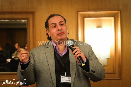 مؤتمر تطوير المجتمع والسياسات الصحية والقانونية والبنية التشريعية للتجاوب مع فيروس نقص المناعة الإيدز فى مصر (20)