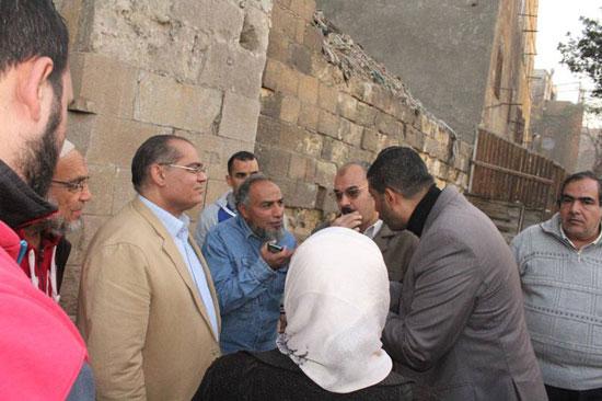 انهيار سور القرافة المجاور لمسجد الأنسى (1)