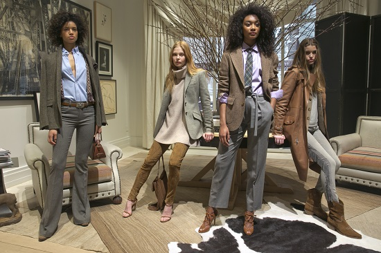 عرض أزياء بأسبوع الموضة بنيويورك (2)