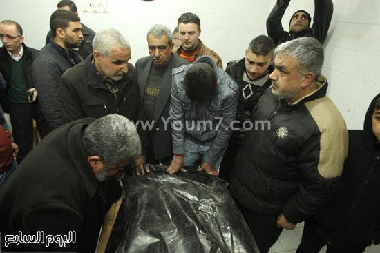 تشييع جثمان المراهقة الفلسطينية كلزار العويرى (3)