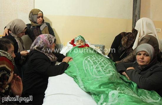 تشييع جثمان المراهقة الفلسطينية كلزار العويرى (5)