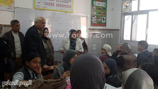 جولة وكيل وزارة التربية والتعليم (21)