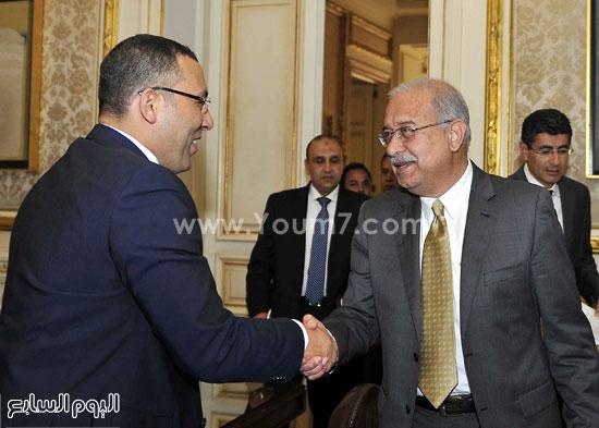 لقاء رئيس الوزراء مع رؤساء تحرير الصحف (1)