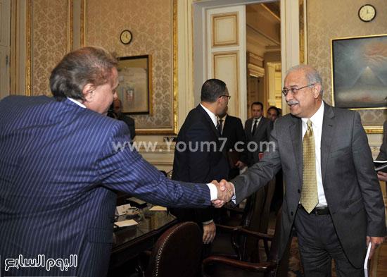 لقاء رئيس الوزراء مع رؤساء تحرير الصحف (2)