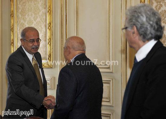 لقاء رئيس الوزراء مع رؤساء تحرير الصحف (3)