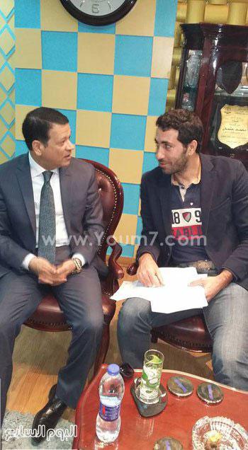 220161532839340محمد-أبو-تريكة-ودفاعه-محمد-عثمان-(2)