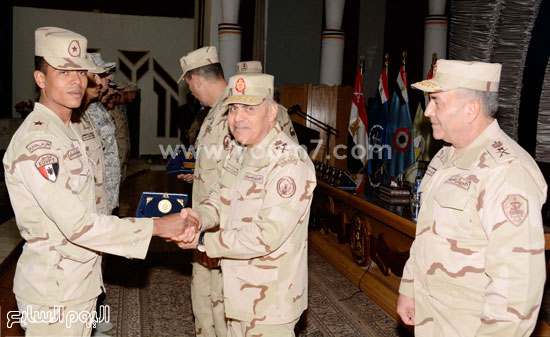 القوات المسلحة الجيش  التنمية  المنطقة الجنوبية  اخبار مصر الفريق اول صدقى صبحى (1)