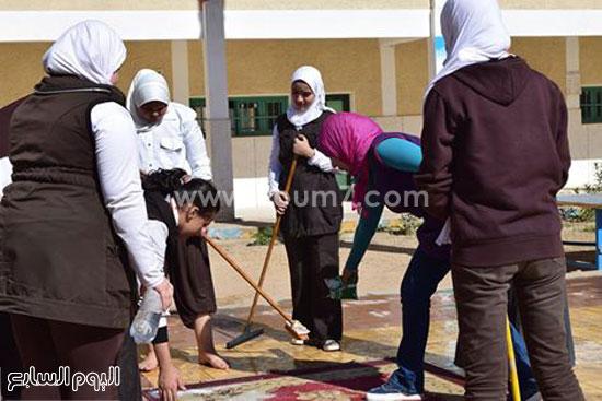 حملة-نظافة-بمدارس-كفر-الشيخ-بعنوان-أنشودة-النظافة-فى-حب-مصر-(3)