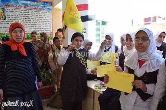 حملة-نظافة-بمدارس-كفر-الشيخ-بعنوان-أنشودة-النظافة-فى-حب-مصر-(8)