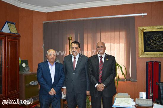الشباب والرياضة تستقبل قنصل فلسطين بالإسكندرية (3)