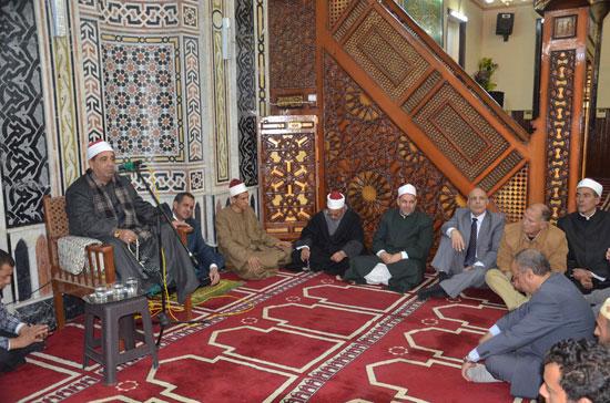 اللواء أحمد على السكرتير العام الأمسية الدينية (2)
